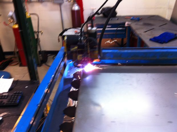 THis is the one i really want.. plasma cam Picture of How to Set Up and Use a PlasmaCAM CNC Plasma Cutter