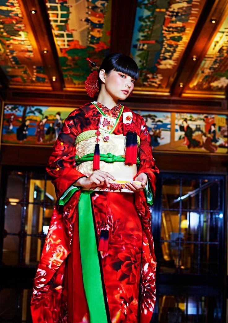 【SPUR】蜷川実花ディレクションブランド「M / mika ninagawa」のウェディングコレクションに和装が登場!   WEDDING NEWS