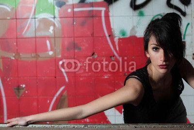 Ritratto di ragazza.Murales