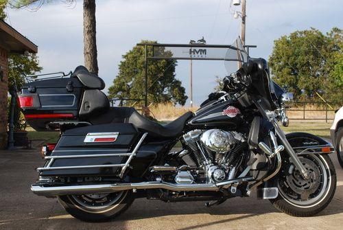 2006 Harley Davidson Ultra Classic Electra Glide FLHTCUI, Price:$9,500. Nevada, Texas #harleydavidsons #harleys #ultraclassicelectraglide #motorcycles #hd4sale