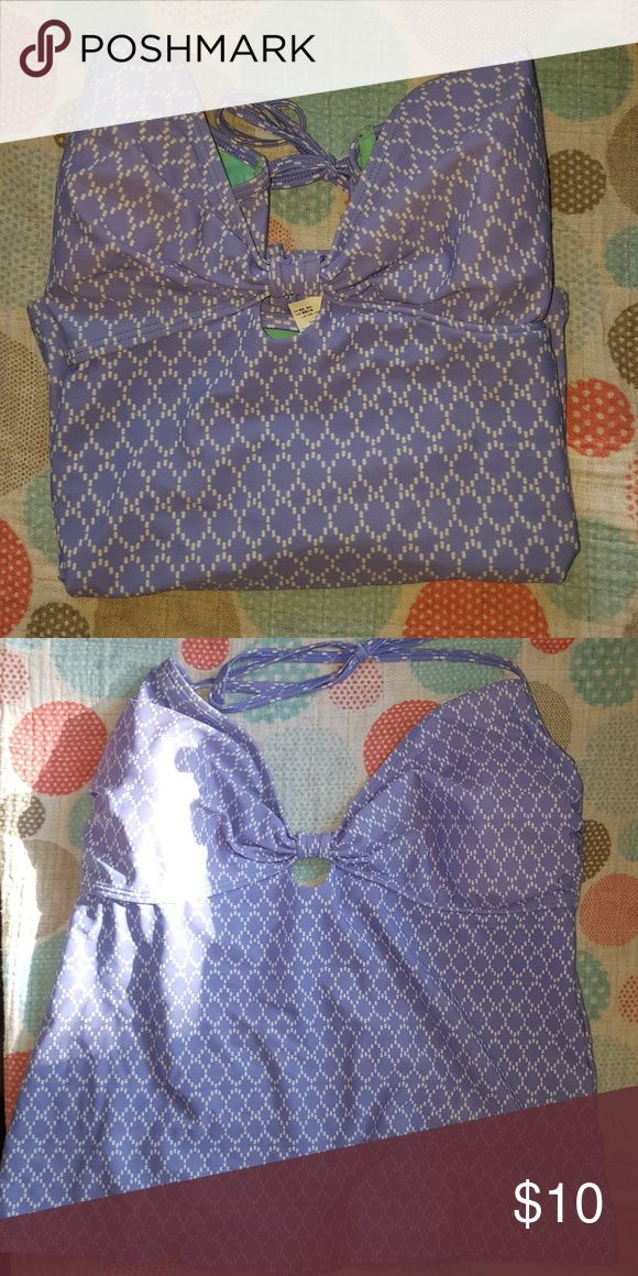 Old Navy tankini top xl blue and white tankini top. removable padding Old Navy Swim