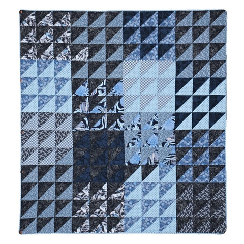Quilt Triangular Repeat - Indigo