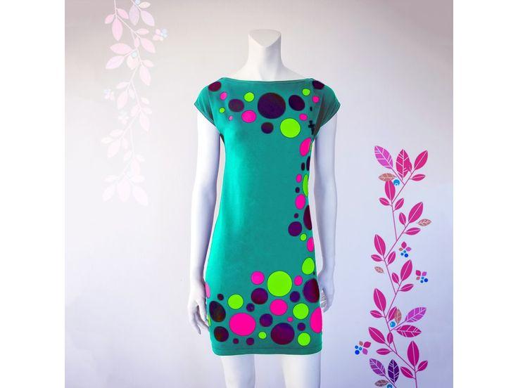 SMART DRESS - originální dámské šaty s řezanou grafikou od české fashion designérky Diny Rosinové, které si jednoduše nakombinujete samy.