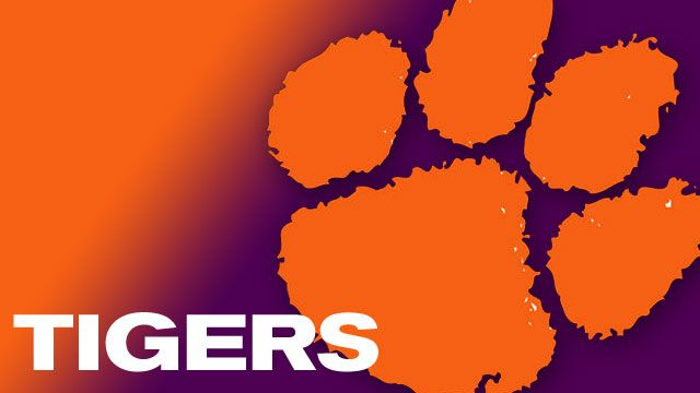 Clemson football suits up in preparation for 2014 season - FOX ...