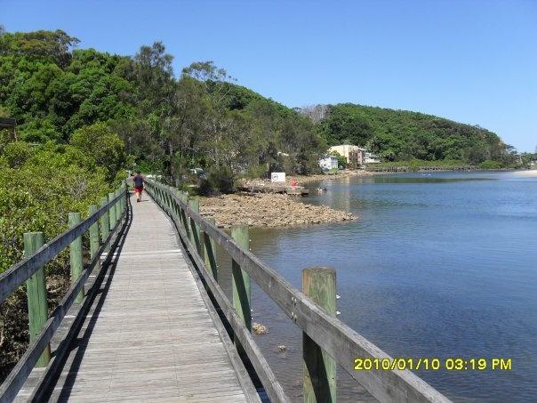 crossing the boardwalk at nambucca heads