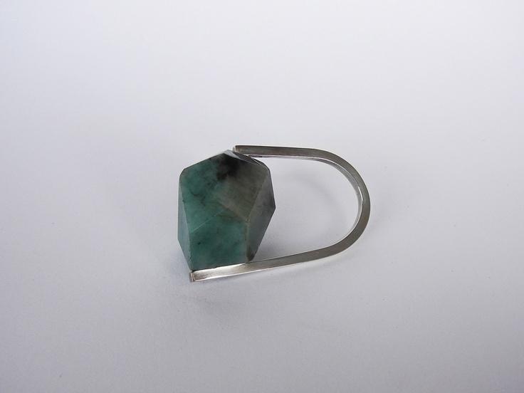 Andra lupu - silver and emerald ring