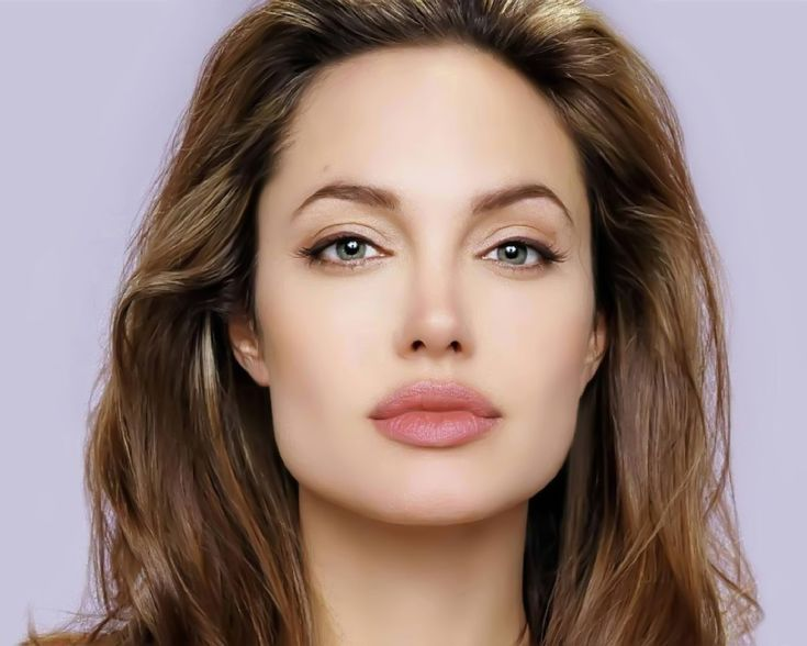 Angelina: square face with soft angled brow