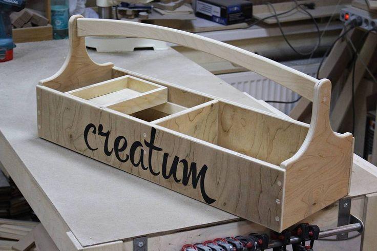 Давно хотел себе ящик для инструментов сделать... сделал)  #creatum #креатум #woodworking #woodwork #toolbox #handmade #ручнаяработа #деревянныеящики #ящикдляинструментов