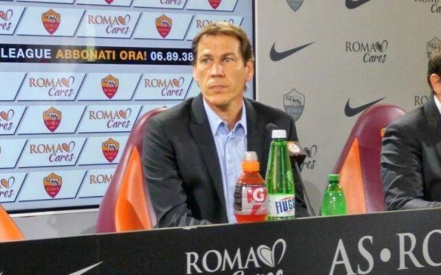 Tutta la conferenza stampa di Rudi Garcia Ecco la lunga ed integrale conferenza stampa di Rudi Garcia, che oggi ha risposto alle domande dei cronisti presenti. Tanti i temi trattati, dalla sofferenza di Dzeko nel trovare la via del gol alle  #asroma #roma #calcio #garcia #seriea