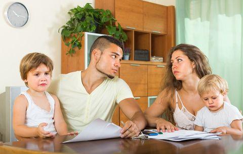 In caso di separazione conflittuale o quando un bambino deve incontrare un genitore considerato pericoloso, dai servizi sociali vengono individuati