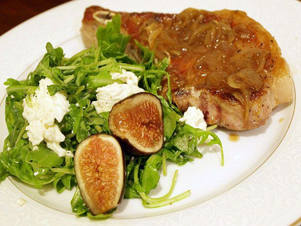 Easy Pork Chops with Fig and Arugula Salad: Easy Pork Chops, English Recipes, Food, Mozzarella Salad, Chops W Arugula, Arugula Salad Recipes, Serious Eating, Serious Eats, Figs