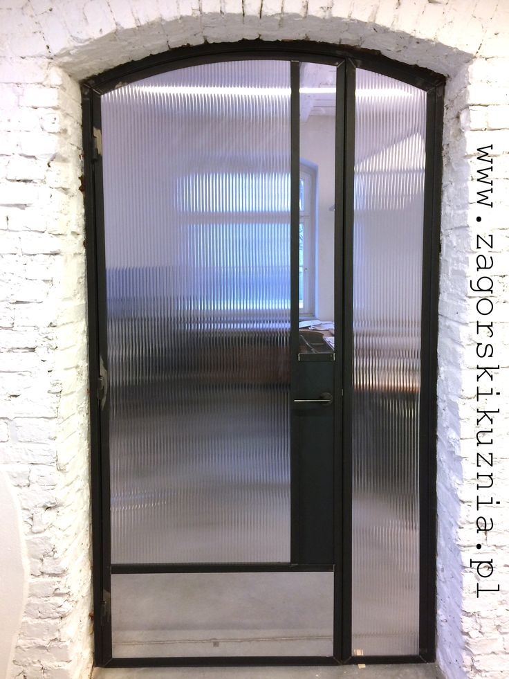 steel door made by www.zagorskikuznia.pl