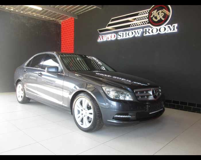 2011 MERCEDES-BENZ C CLASS SEDAN C200 CGI BE AVANTGARDE A/T , http://www.autoshowroom.co.za/mercedes-benz-c-class-sedan-c200-cgi-be-avantgarde-a-t-used-benoni-gau_vid_7326651_rf_pi.html