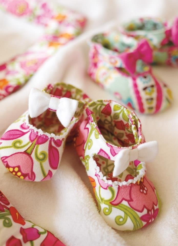 Leave it to Vera Bradley to have the cutest baby shoes!