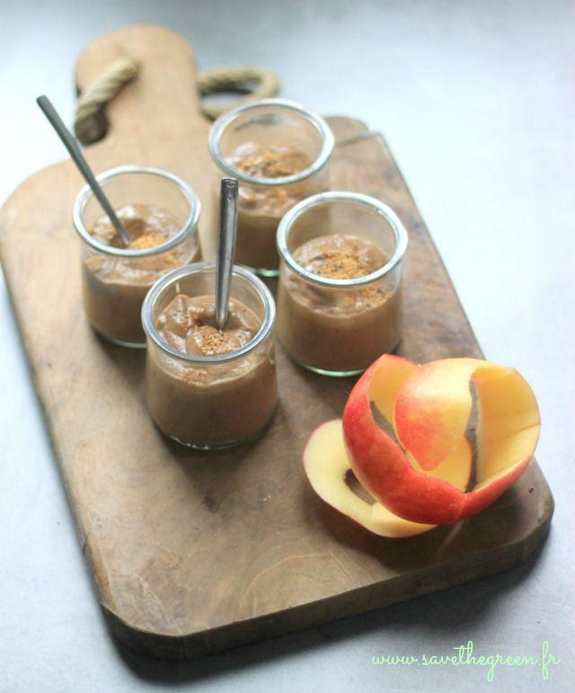 """Pudding facile aux graines de chia. Les graines de chia font partie des """"superaliments"""" qui apportent énormément de vitamines et minéraux à notre organisme."""