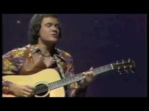 "David Gates (Bread) performing ""If"" (1977)"