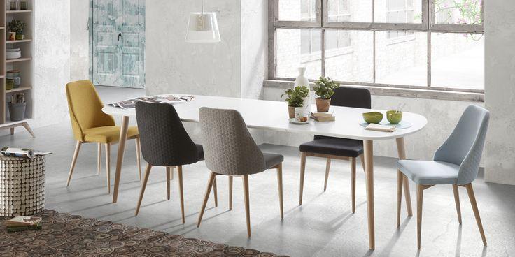 Verrijk je eetkamer met deze prachtige lichtblauwe eetkamerstoel Roxie van het Spaanse merk La Forma! #woonkamer #eetkamer #chairs #eetkamerstoel #colorful #color #Scandinavian #design #inspiration #interieur #interior #home #huis #meubels #furniture #styling