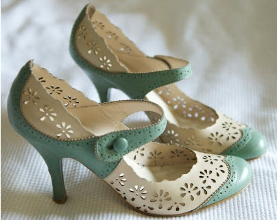 Nine West shoes. cream and mint. everything about these is adorable.    @Malina Suity these remind me of you.