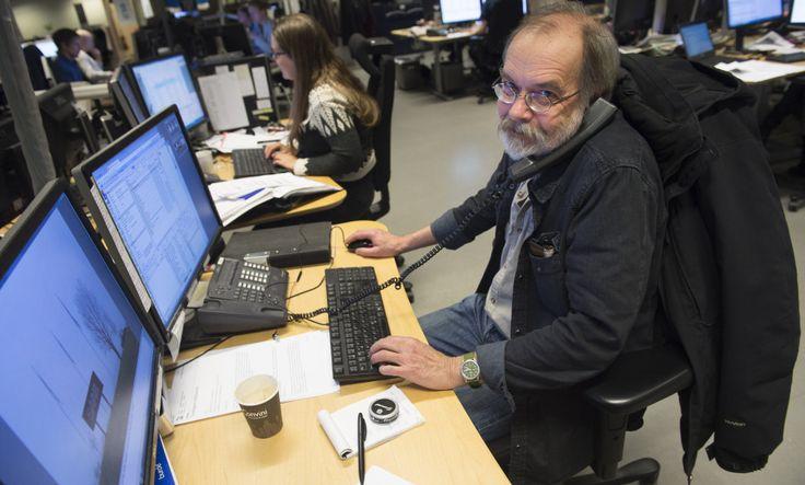 STOCKHOLM2015116 Jobba efter 65. Bildredaktör Per Gustavsson på jobbet. Äldre är i dag klart friskare än för bara 20 år sedan. De arbetar också allt längre. Men sysselsättningen ökar inte lika mycket som hälsan förbättrats, enligt en ny studie. Foto: Fredrik Sandberg / TT / Kod 10080