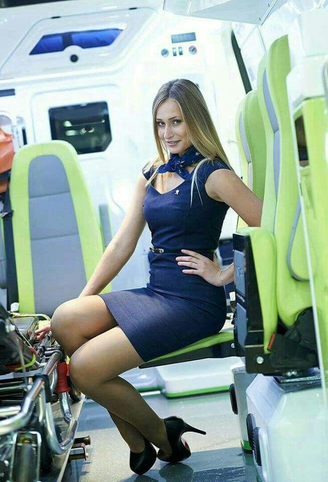 Pin von Doug Hauser auf Oh....Stewardess !!!!   Cabin crew ...