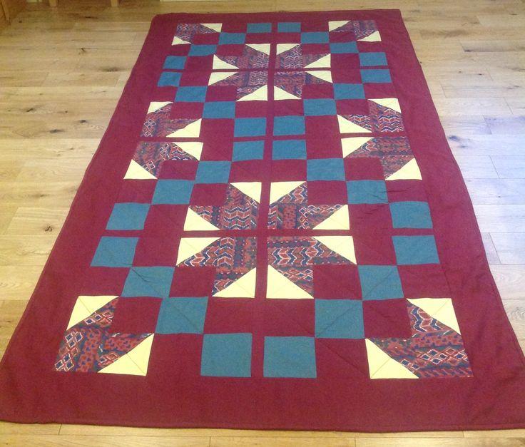 Aztec single quilt
