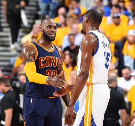 Lebron James and Kevin Durant - Golden State Warriors
