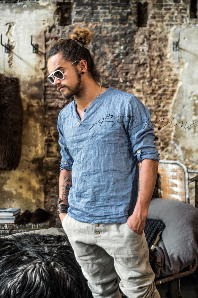 BYPIAS Linen shirt for MEN / @bypiaslifestyle www.bypias.com Photography by @paulinaarcklin