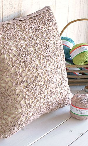 Fresco Lino Pillow FREE Crochet Pattern                                                                                                                                                                                 More