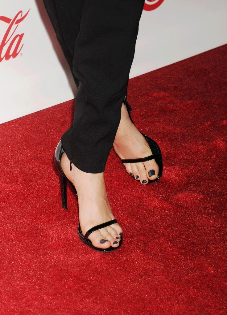 Cara Delevingne | cara delevigne | Shoes heels, Heels y Shoes