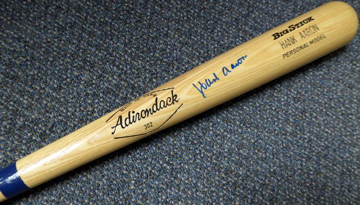 Hank Aaron Autographed Adirondack Bat Atlanta Braves PSA/DNA
