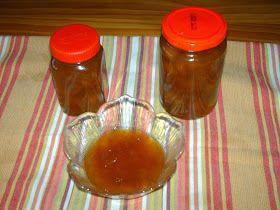 Ingredientes:  1 kg de Pêssegos amarelos, maduros e bonitos  1,250 g de açúcar  1 l de calda de pessego cozido  1l de aguardente   Mod...
