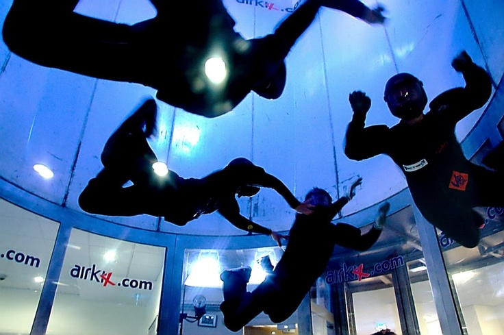 INDOOR SKYDIVING - Manchester UK - with Rinko RW4 (ITALY)