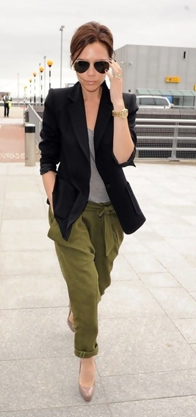 Victoria Beckham. #khaki #black #beckham