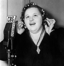 "Kate Smith was Americas top songstress in 1938, and her weekly Kate Smith Hour   on CBS was heard by many millions of radio listeners that Thursday, November 10   when she sang Irving Berlin's ""God Bless America"" for the first time as the closing number of the show."