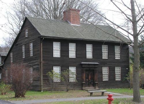 Another Saltbox to savor.  The Allen House (c.1705) in Deerfield, MA.