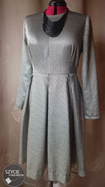 Pleated dress made from black&silver jacquard. Pattern comes from Burda 11/2012.