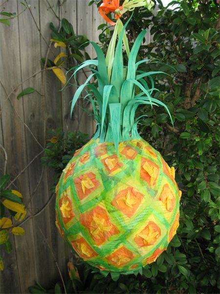 Pineapple pinata - Birthday - Party - Decoration - Celebration - Pinatas