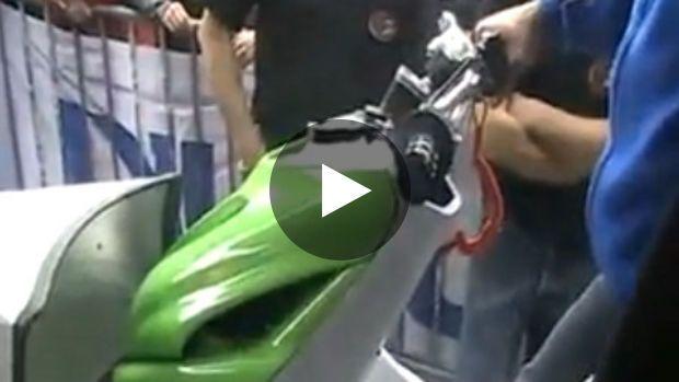 La police a mis la main sur un scooter trafiqué qu'elle a décidé de tester