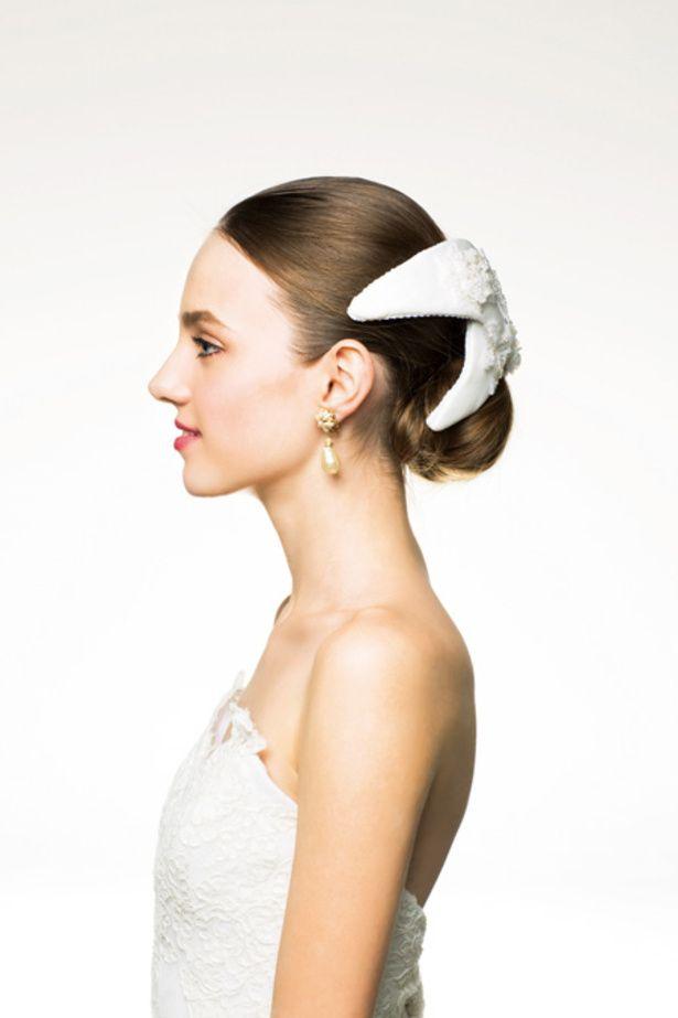 ボンネのヘアメイクカタログ|ザ・ウエディング シニョン×ボンネでクラシカルなご令嬢風/Side
