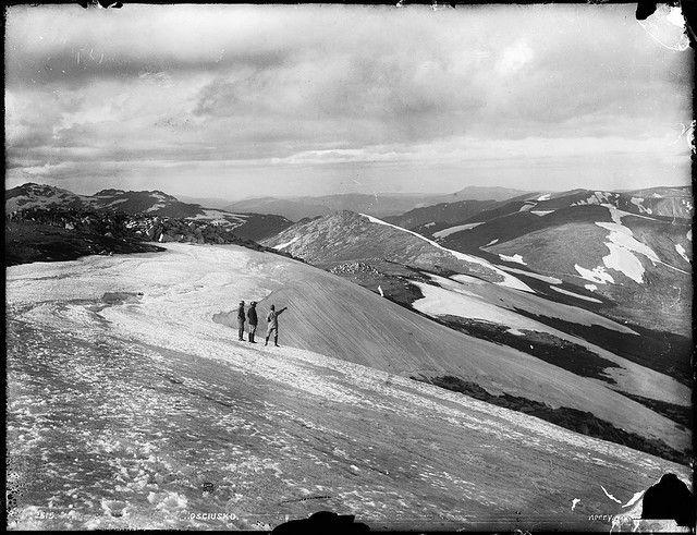 Snow drifts, The Main Divide, Mount Kosciuszko