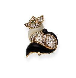 Tiffany & Co. Diamond Fox Broach   Jewels du Jour via Diamonds in the   Library.