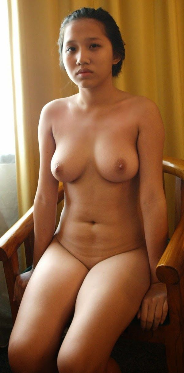 Can Indonesian girl sexy boobs