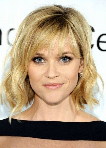 Cabelo curto com franja - Reese Whiterspoon