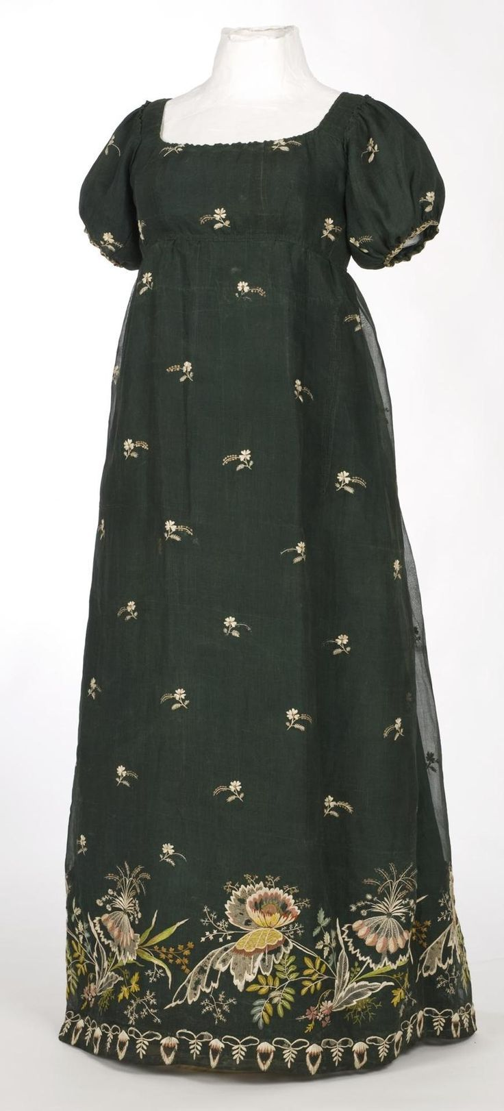 Ca very early s dress with polychrome embroidery imatex