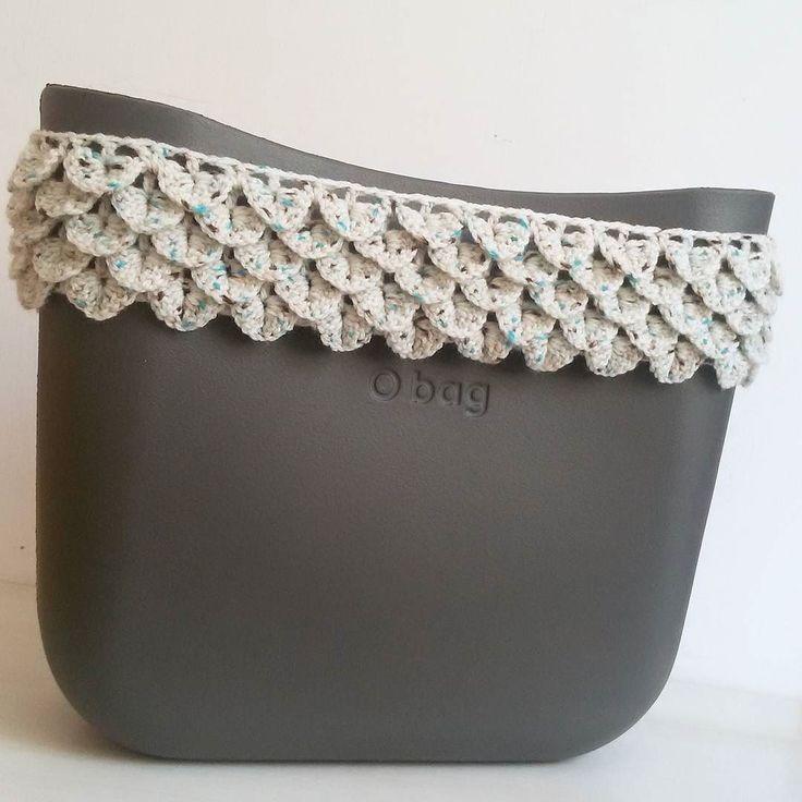 Work in progress #ilovecrochet #crochetlover #bordiobag #bordo #bags #fattoamanoconamore #instalike #instafashion #instamoda #fashionblogger #instacrochet #instacrocheters #crochet #crocheted #uncinetto #handmade #obagmania #fullspot #fullspotmarket #obagonline #lana #wool #obag #obrush #personalizzata #notonlymama #mammecreative #creative #creativeminds #creativemamy by patrizia.cuoricrochet
