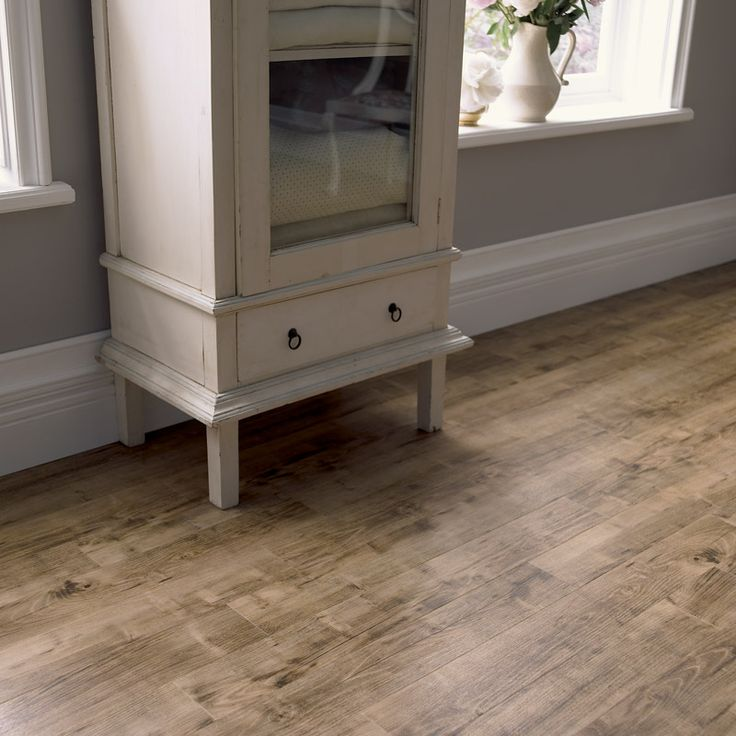 luxury vinyl plank wood flooring amtico burnt chestnut. Black Bedroom Furniture Sets. Home Design Ideas