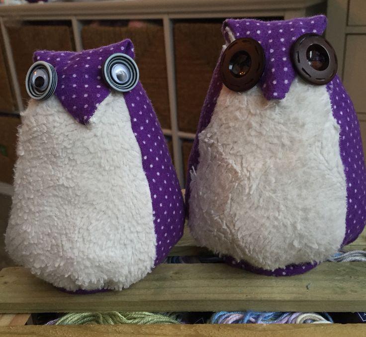 Owls made of sleepwear and torn pillowcase  #owls #diy