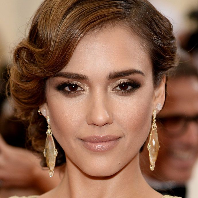jessica alba hair style 17 best ideas about alba hairstyles on 8375 | 40294e2ce889ad22f6926767717583bd