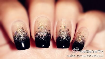 black and sparkly..... dooooo it