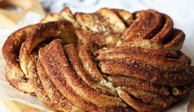Zaplétaný sladký skořicový chléb – Estonský Kringle + Videorecept